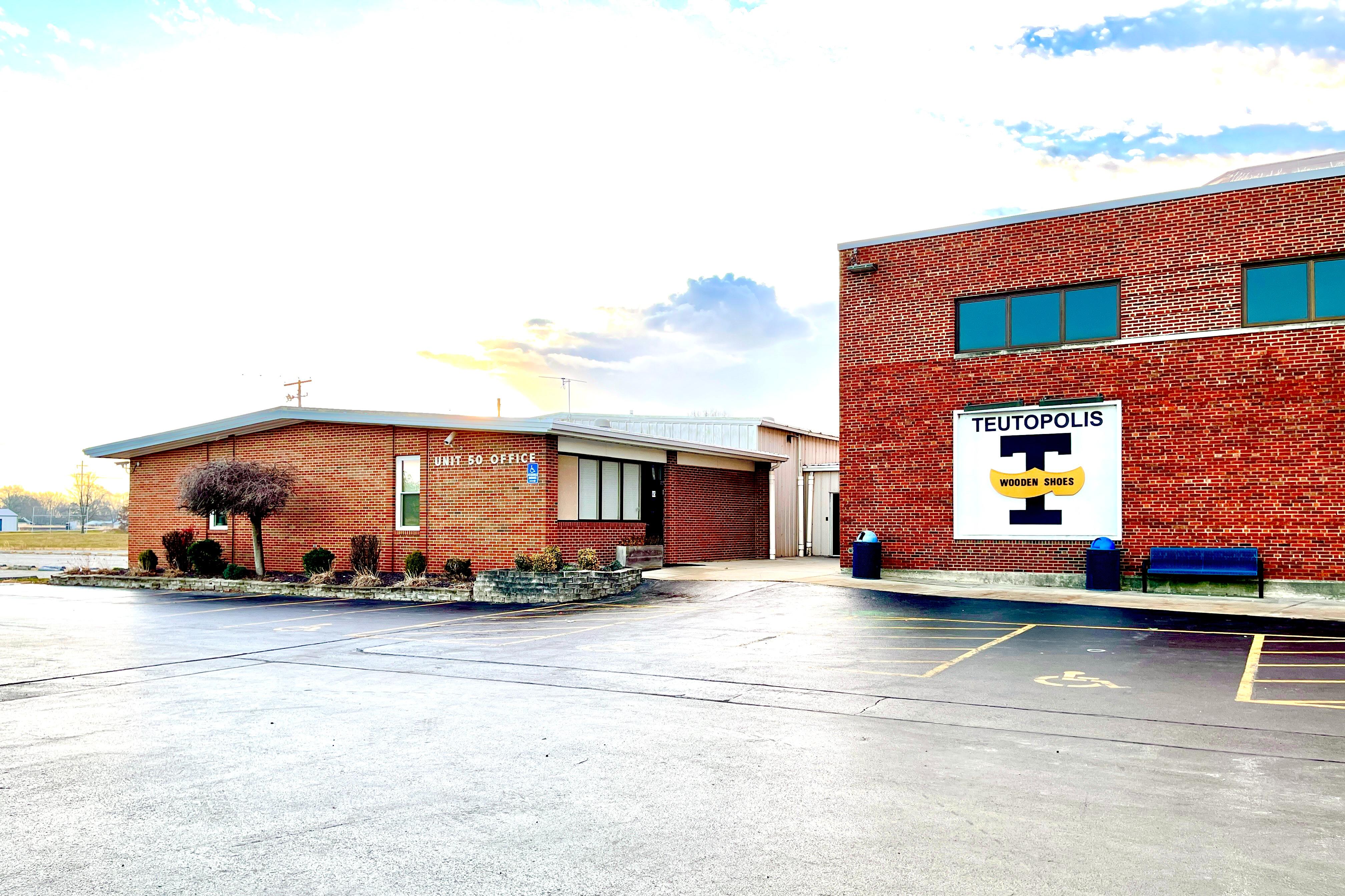 Teutopolis Unit #50 Office