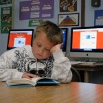 picture of kids in their classroom working