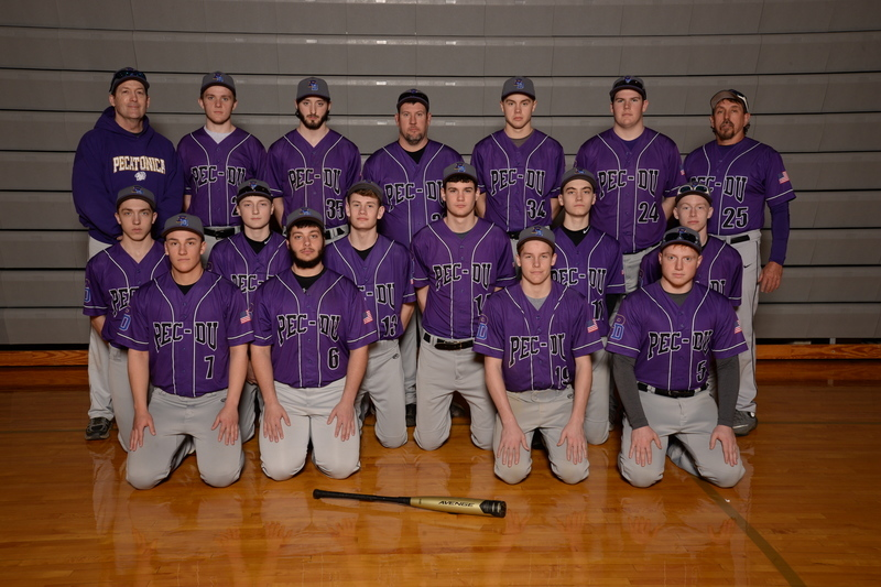 Photo of the 2018-2019 Varsity Baseball Team