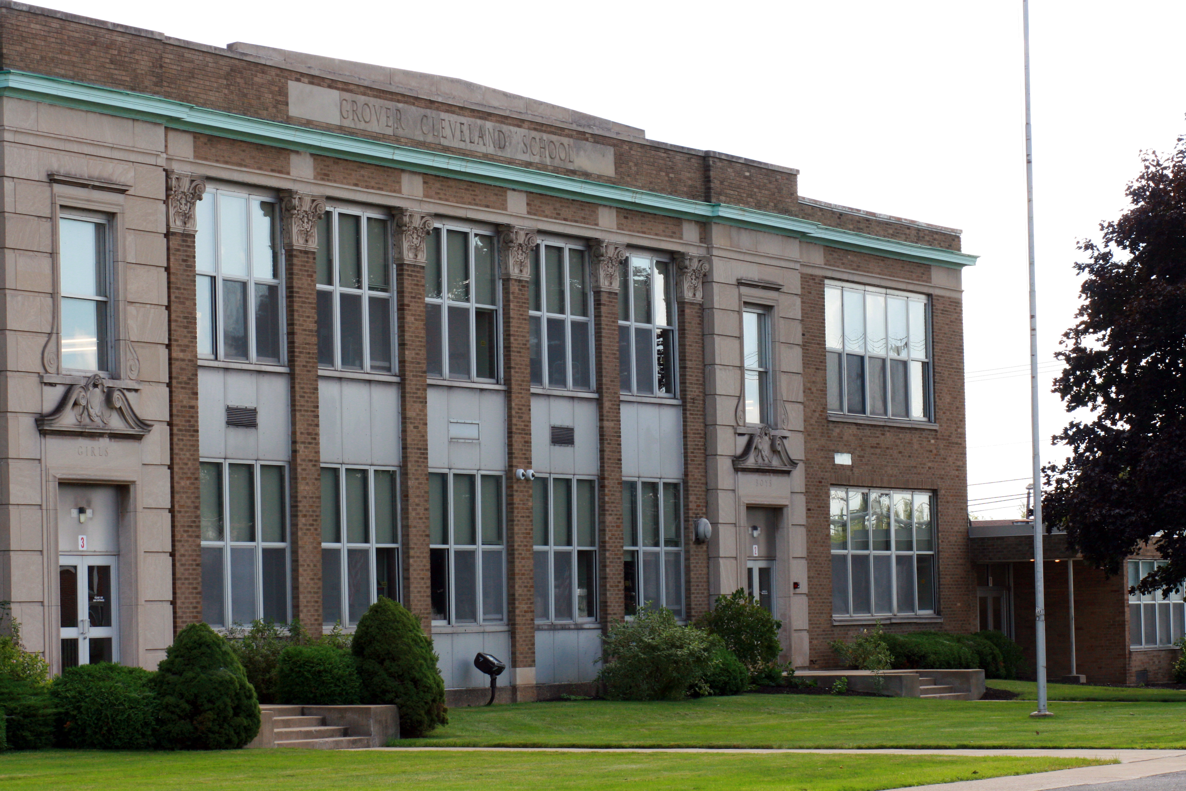 A photo of the Rossler campus school building