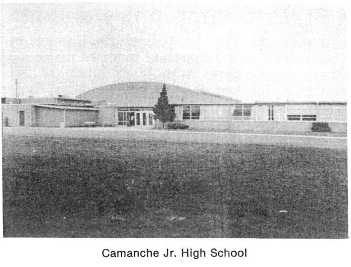 A photo of Camanche Jr. High School building.
