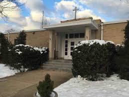 A photo of the Stella Maris School.