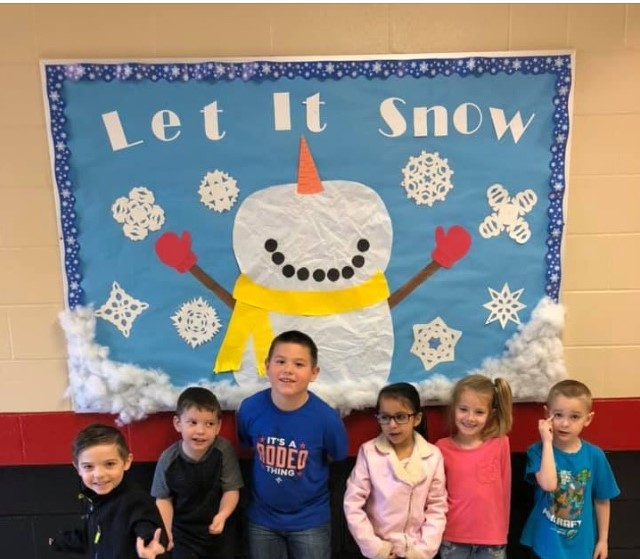 Six Kindergarteners read a total of 2,998 minutes!