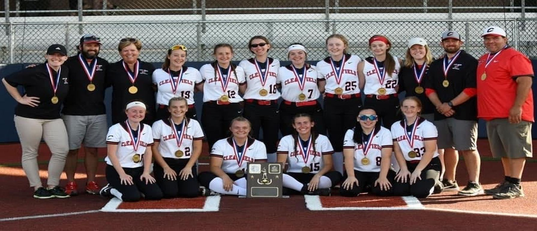 Lady Bison District 9 class 4A champs