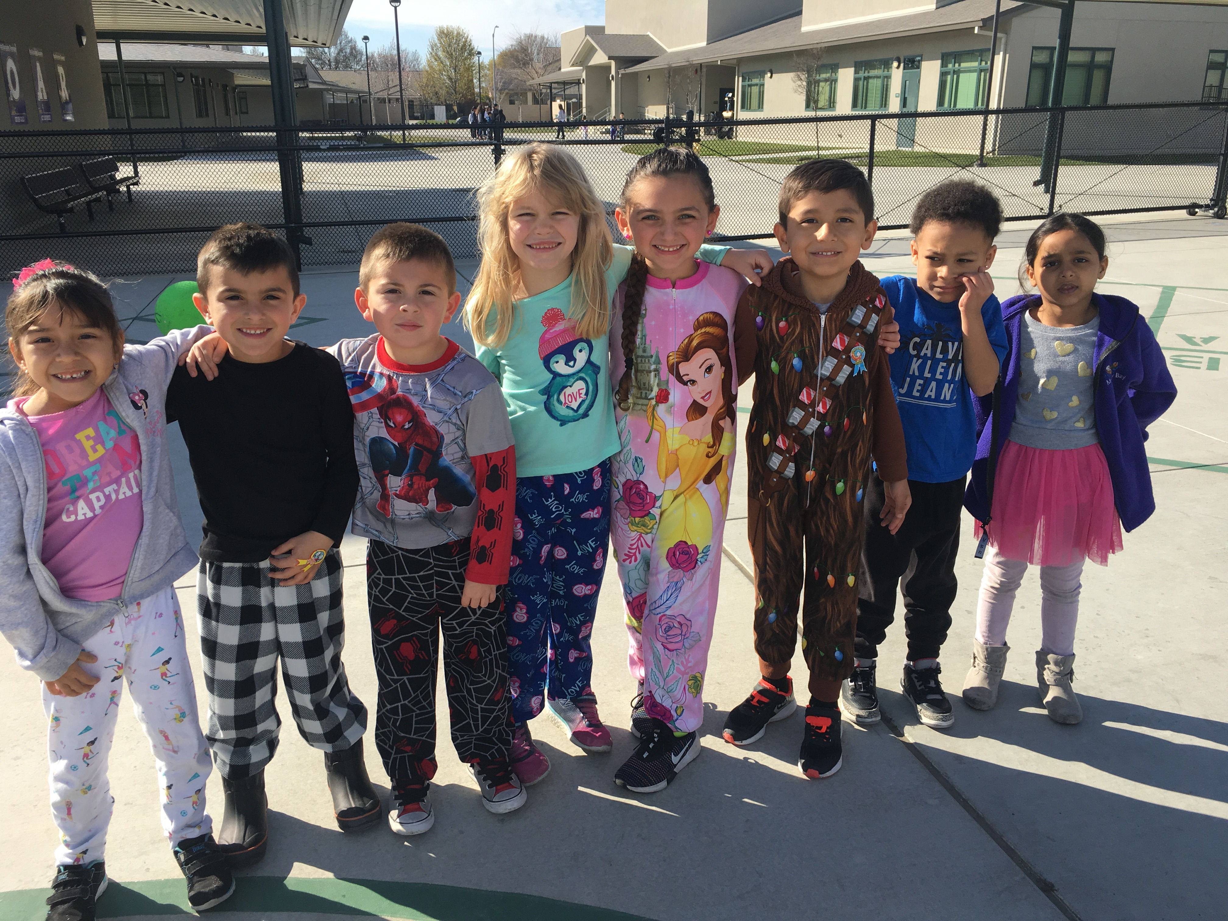 The students coming to the school in their pijamas