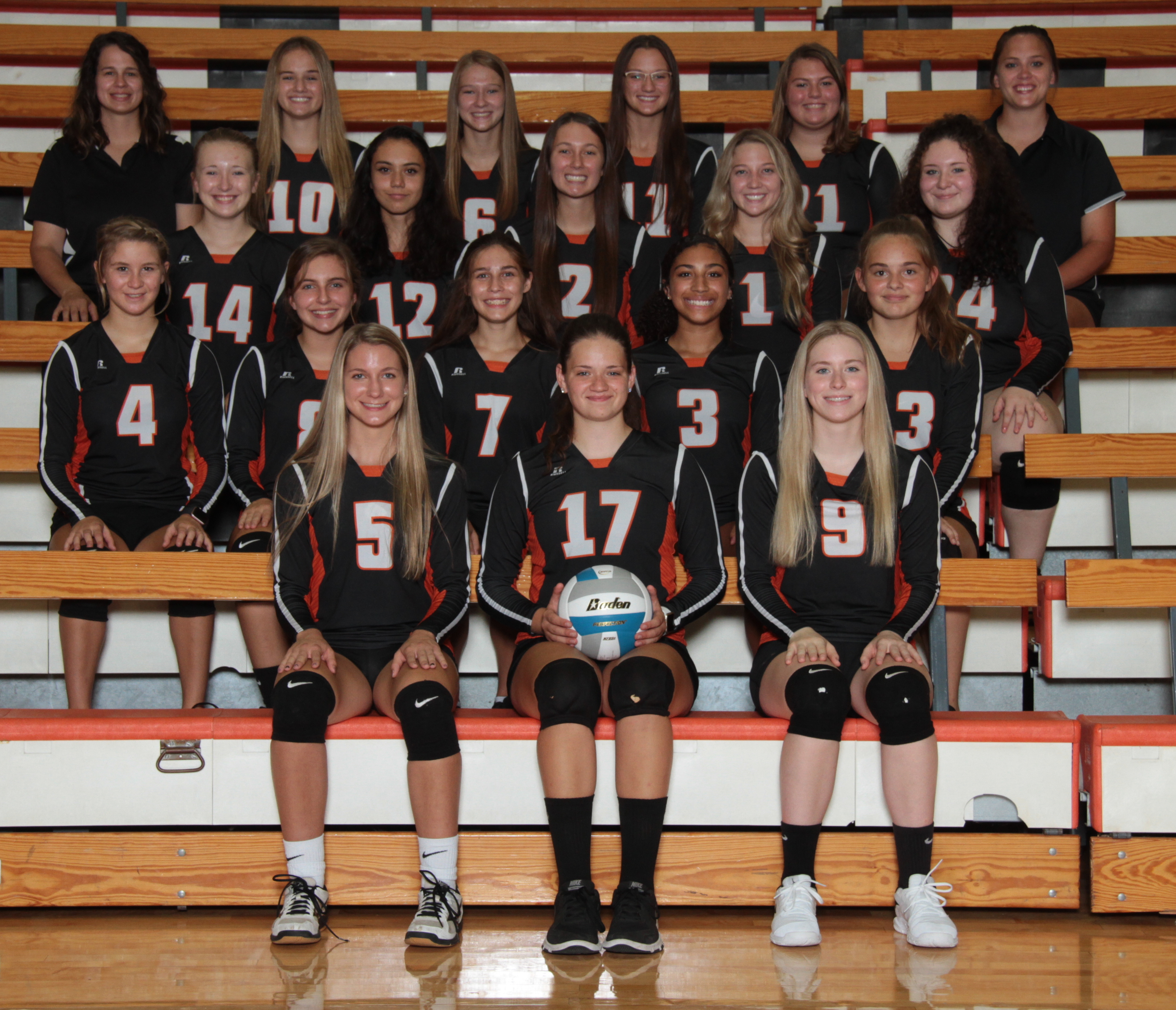 2020 Volleyball Team Photo