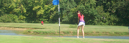 Student at golf competition