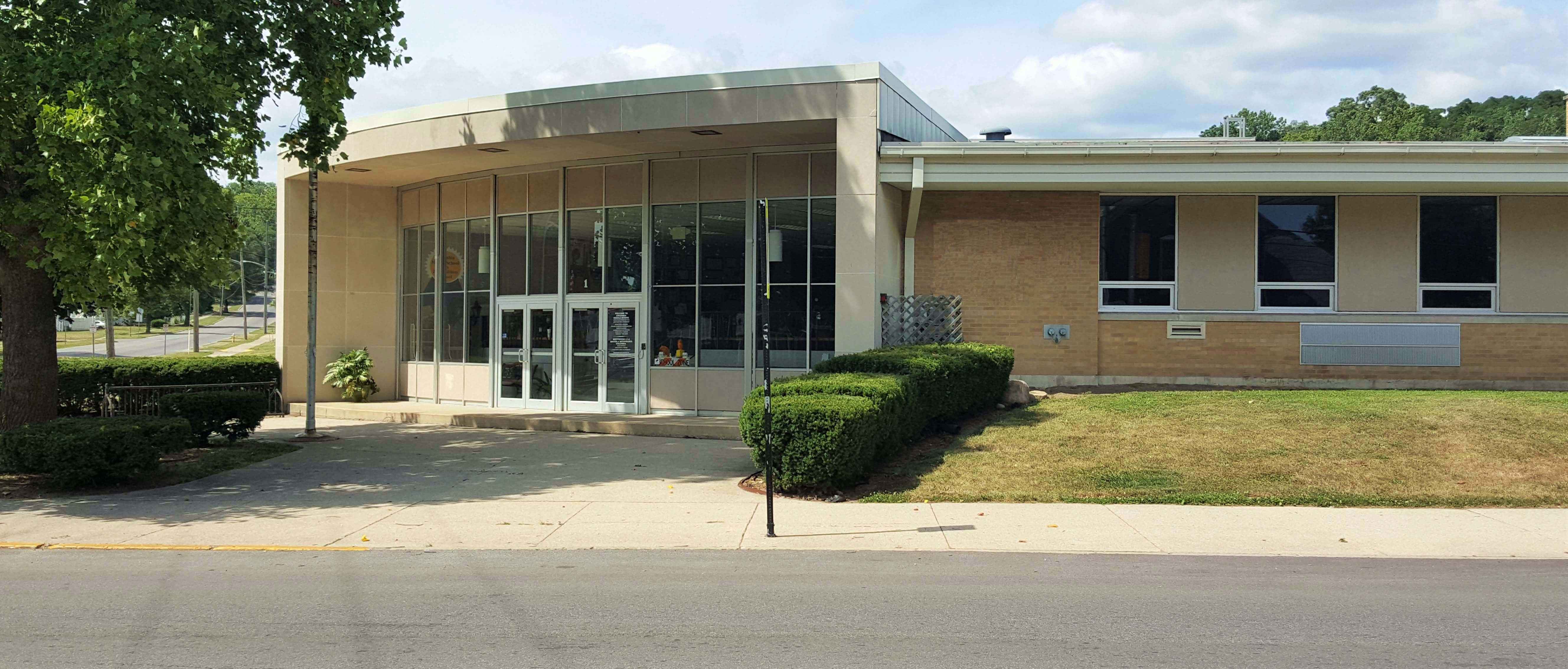 Exterior View of Columbia 6th grade academy