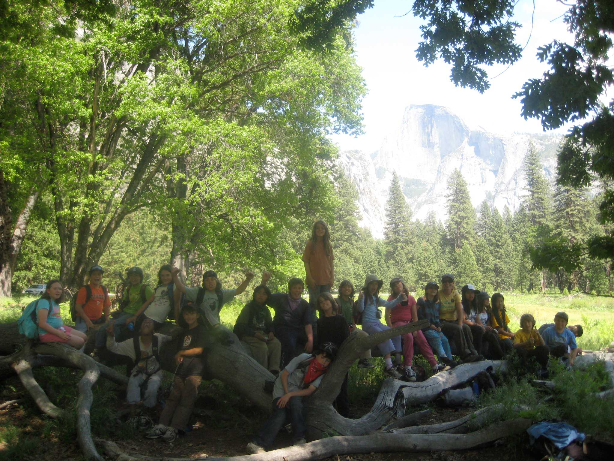 photo of 3rd & 4th grade students learn about the ecology of Yosemite with teacher