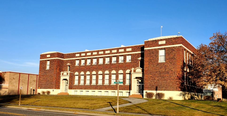 WAITSBURG HIGH SCHOOL