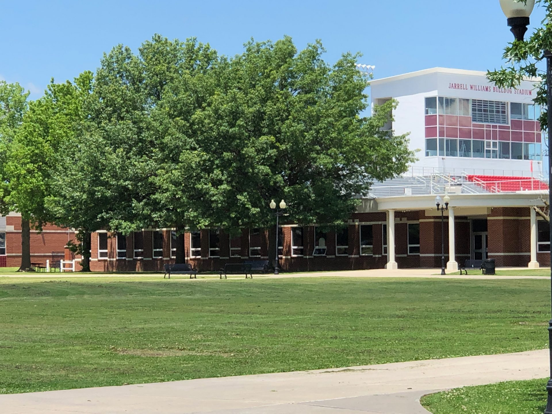Photo of the Campus.