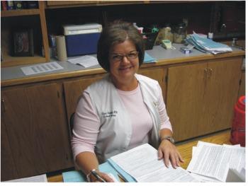 Photo of Mrs. Lisa Huskey.
