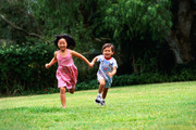 picture of children running