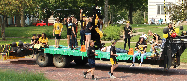 Freshmen Float