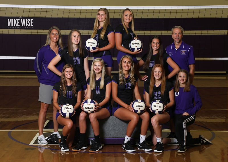 Photo of the 2019-2020 Varsity Volleyball team.
