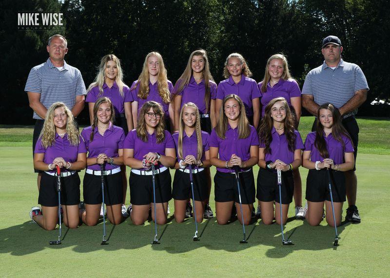 Photo of the 2019-2020 Girls Golf team.