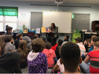 Students Read to