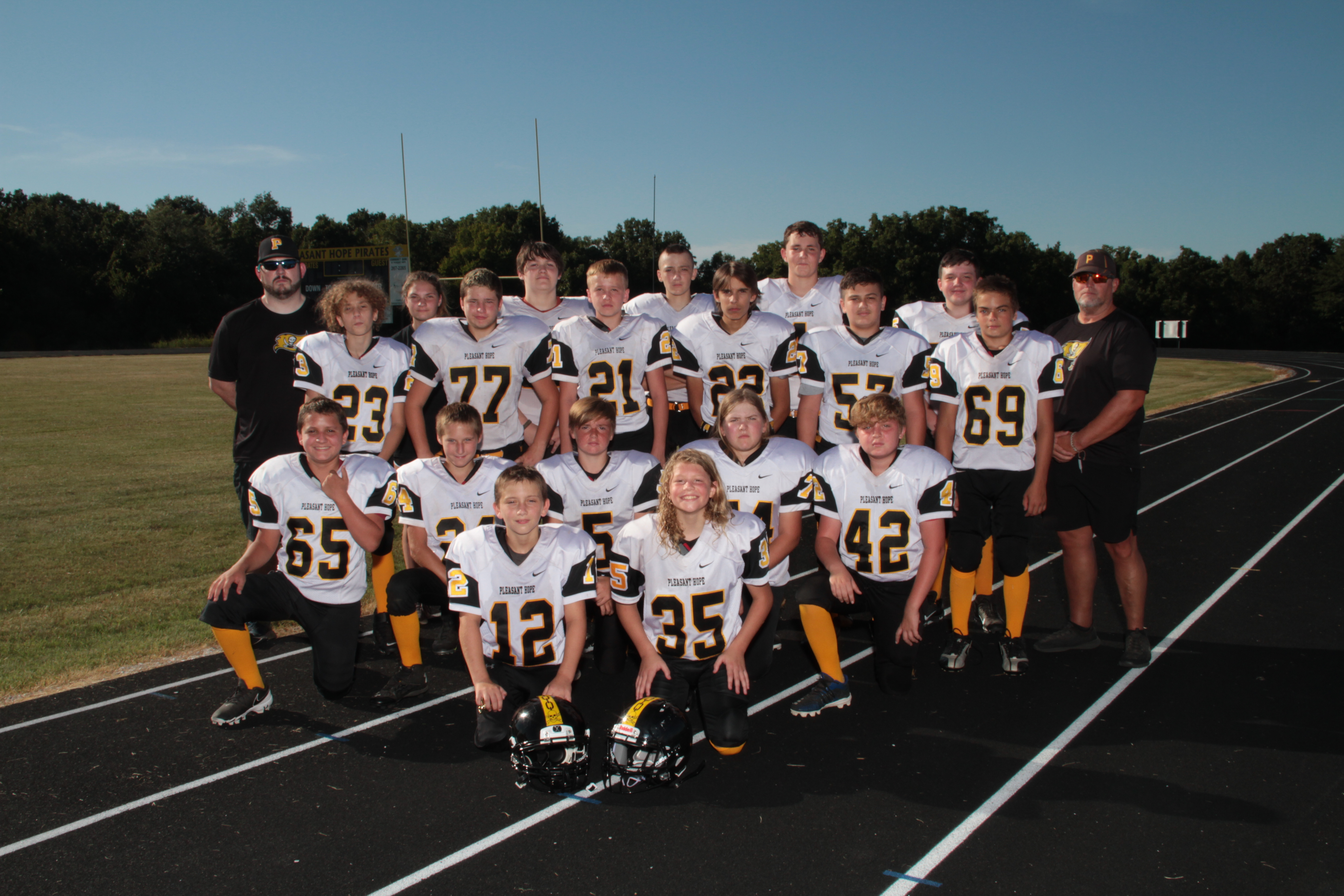 MS Football Team Picture