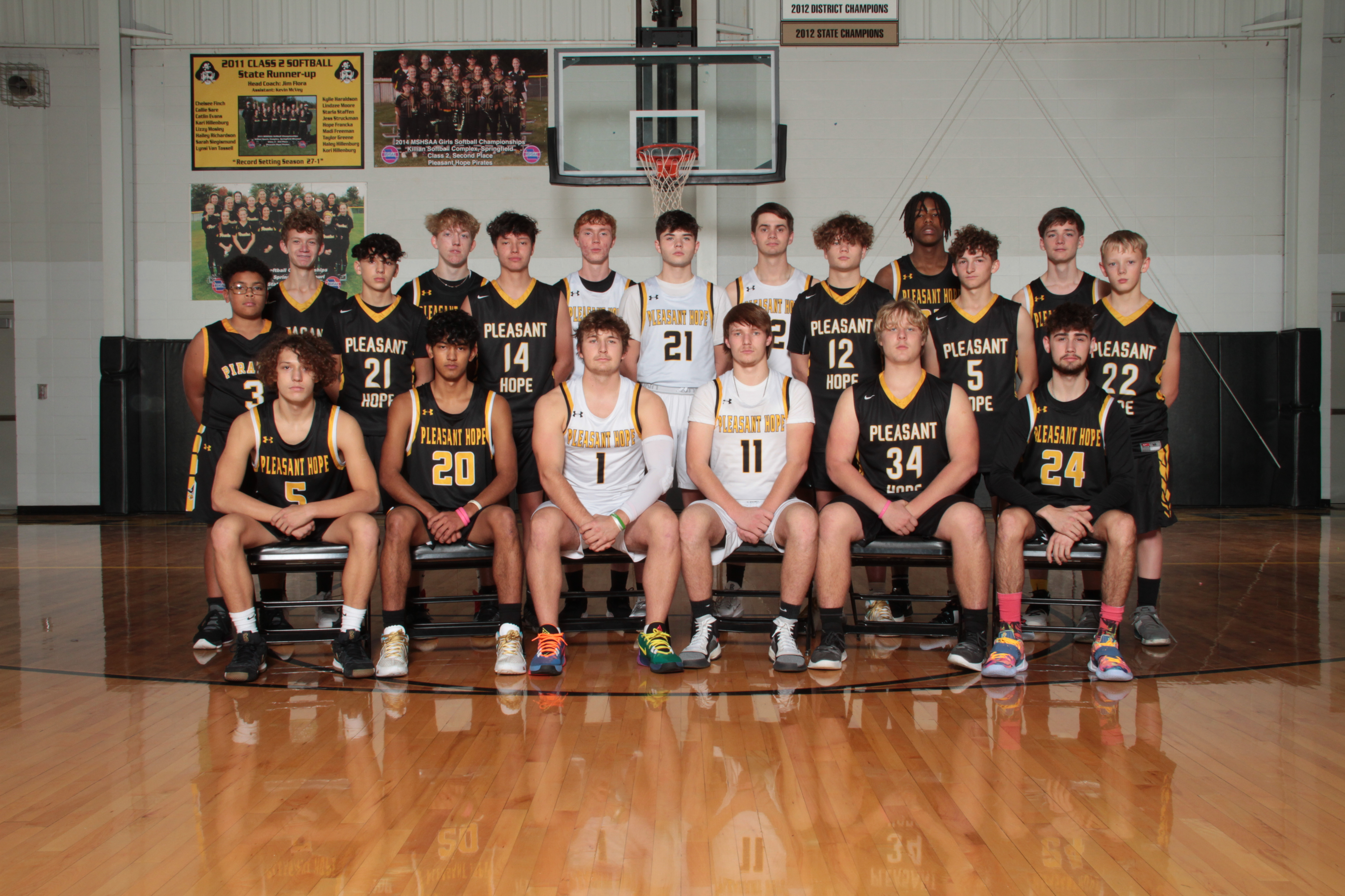 HS Boys Basketball Picture