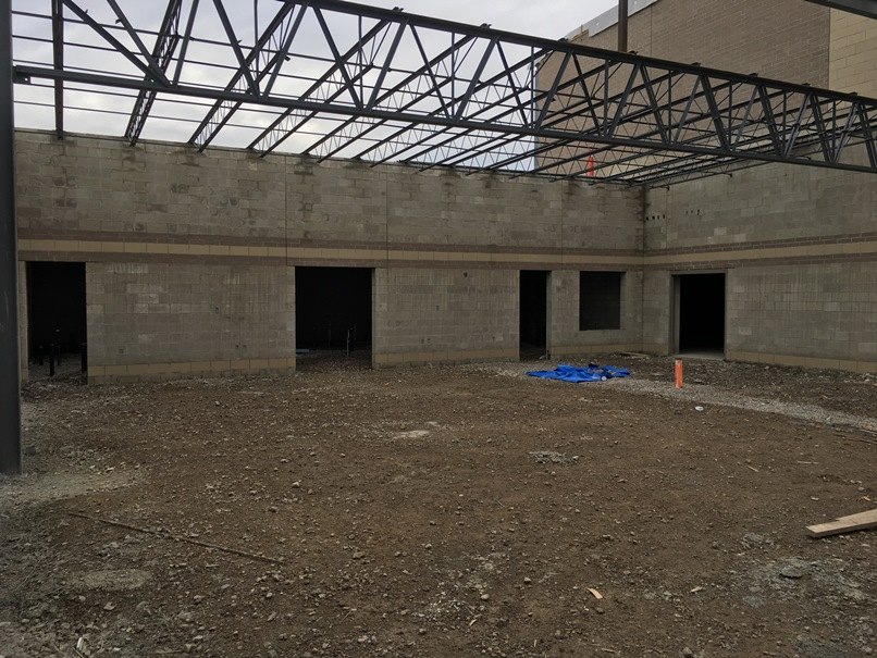 Photo of the Cafeteria.