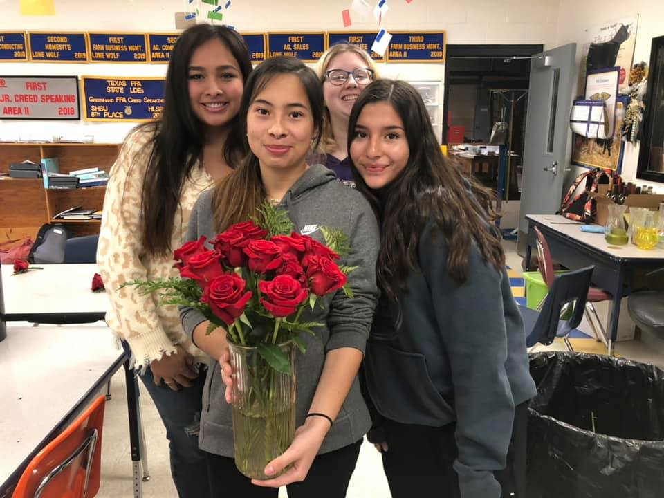 FFA Students floral design