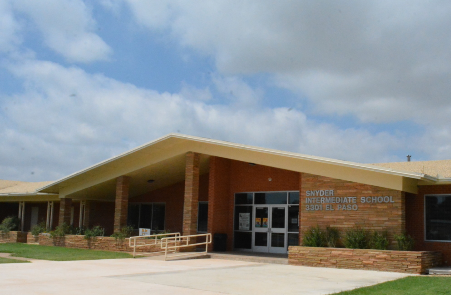 SNyder Intermediate School