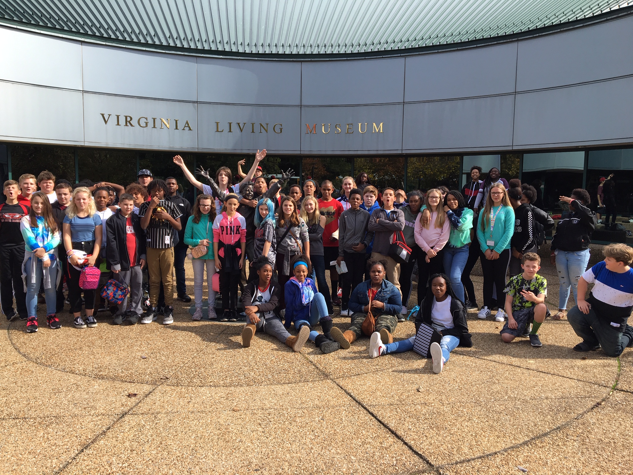 photo of students from the Seventh Grade Field Trip