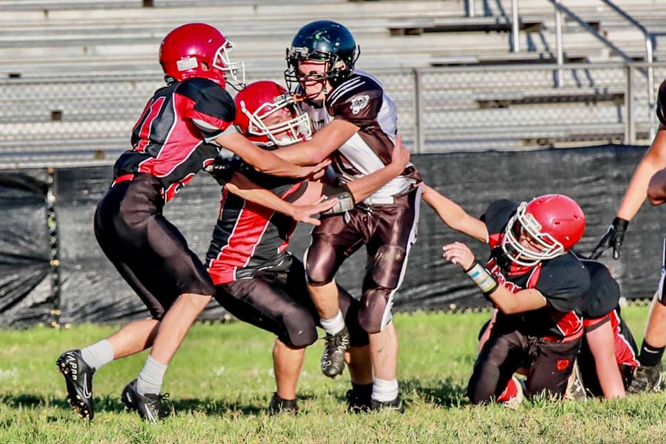 Thanks goes out to Abbi Woods for the awesome football pics!