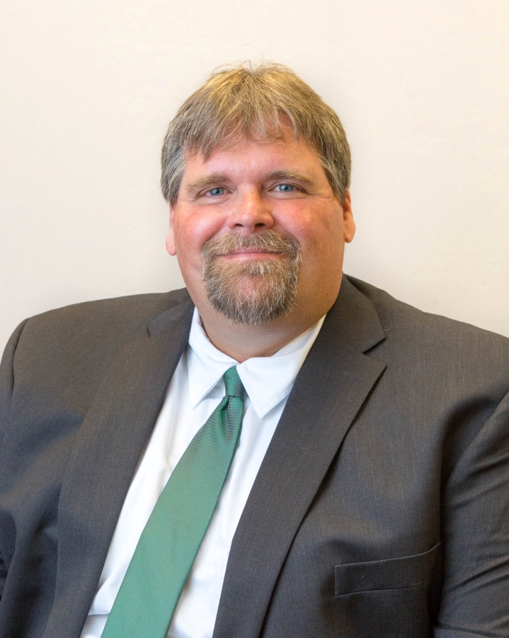 Aric Fiscus, Principal Fayetteville Elementary School