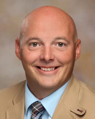 Dr. Eric Wilken