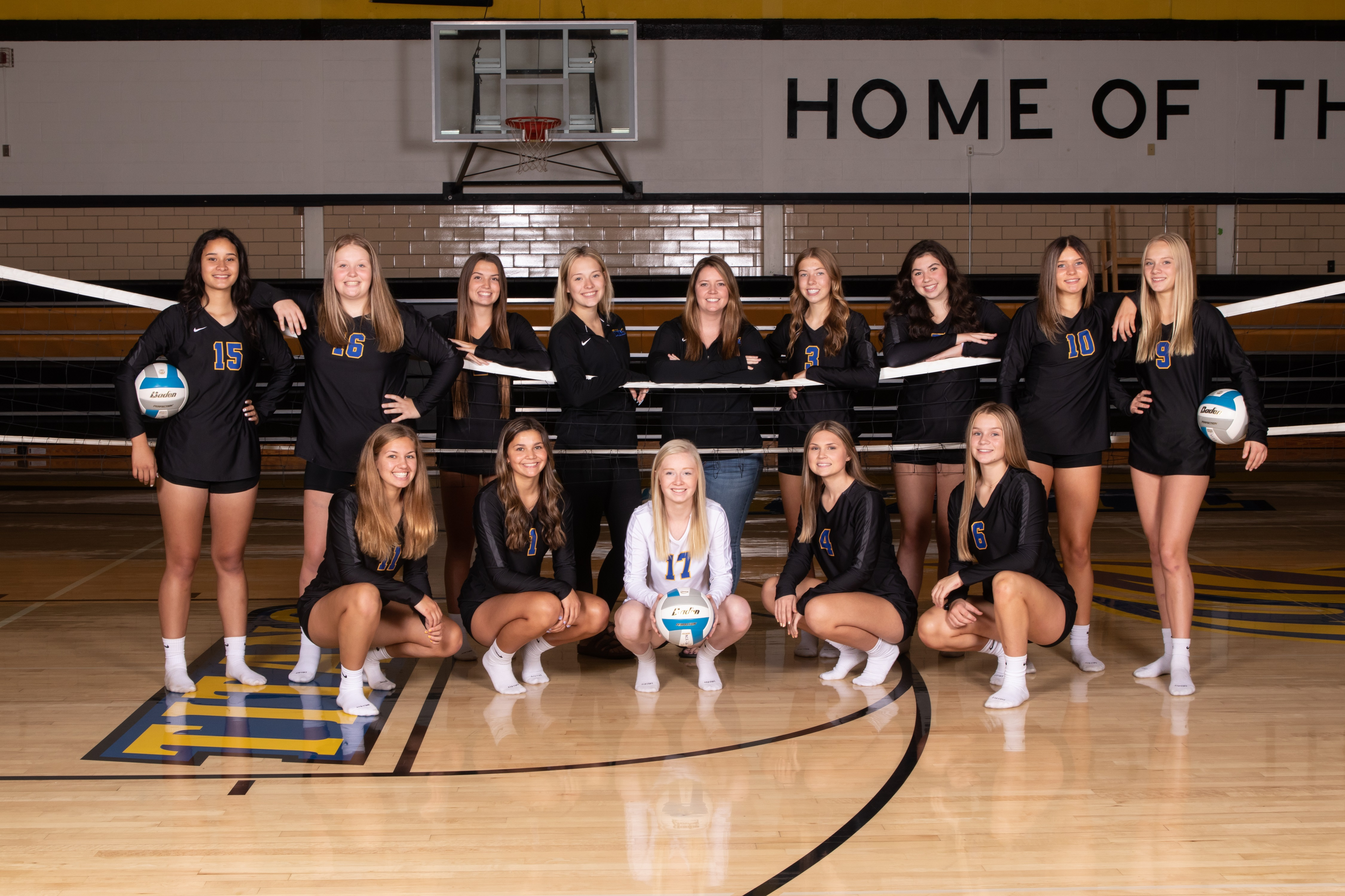 Varsity Volleyball 2021-22