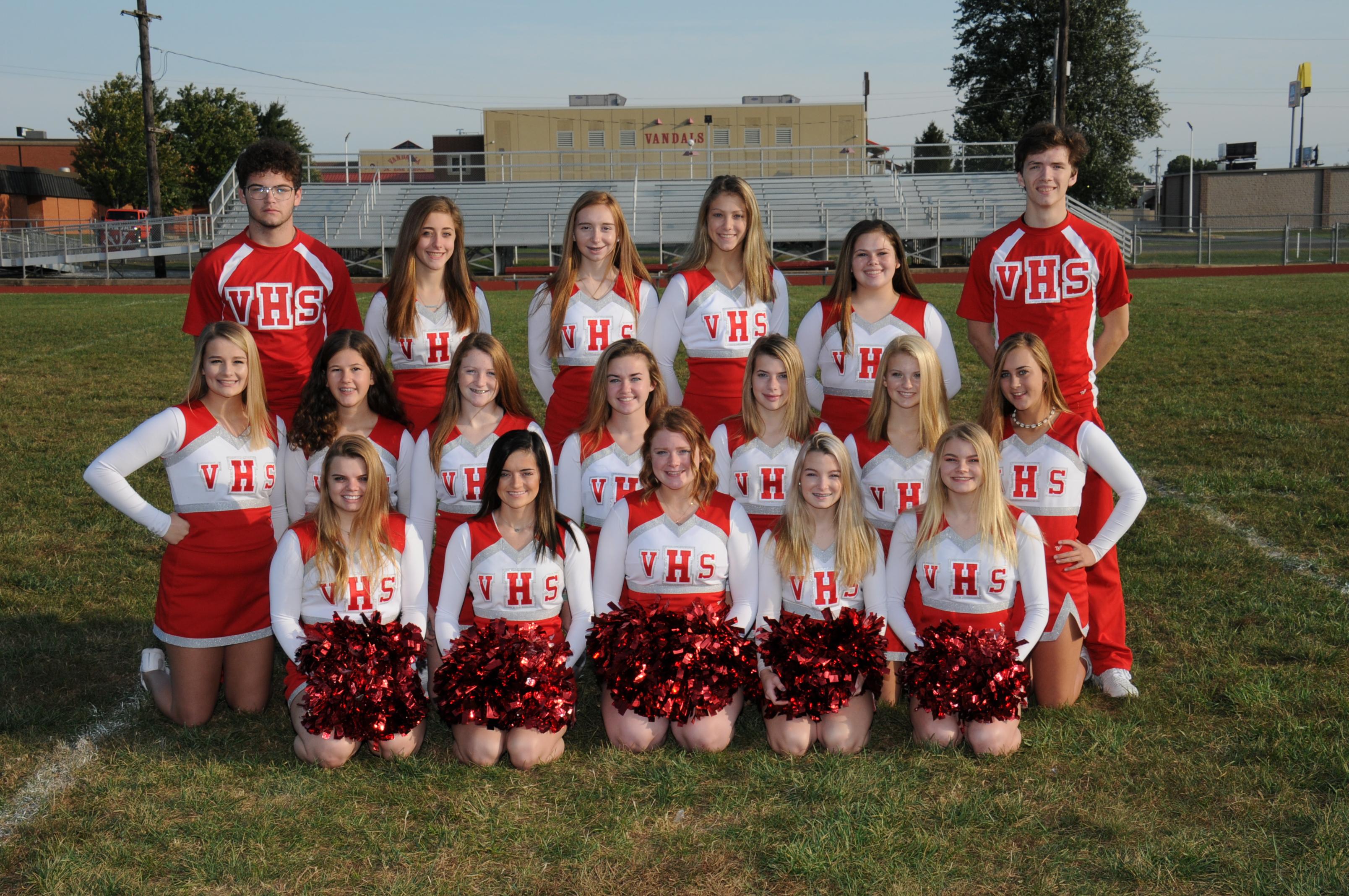 2019 Football Cheerleaders