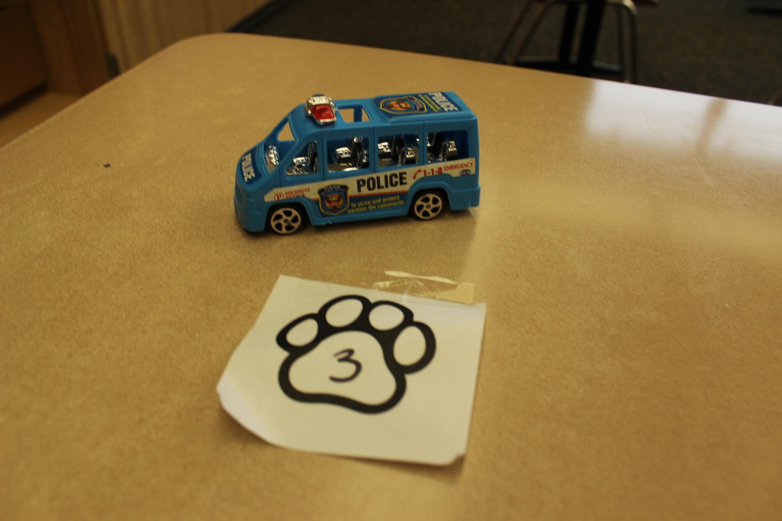 3 Paws Police Van