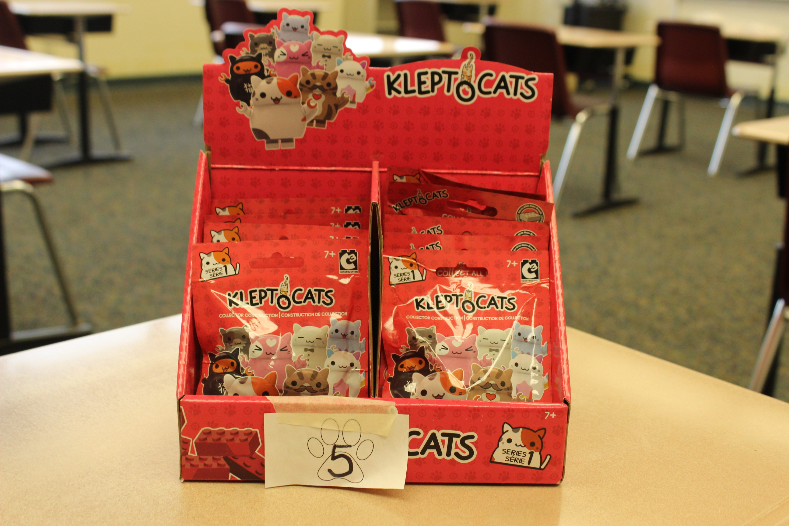 5 Paws Klepto Cats Package