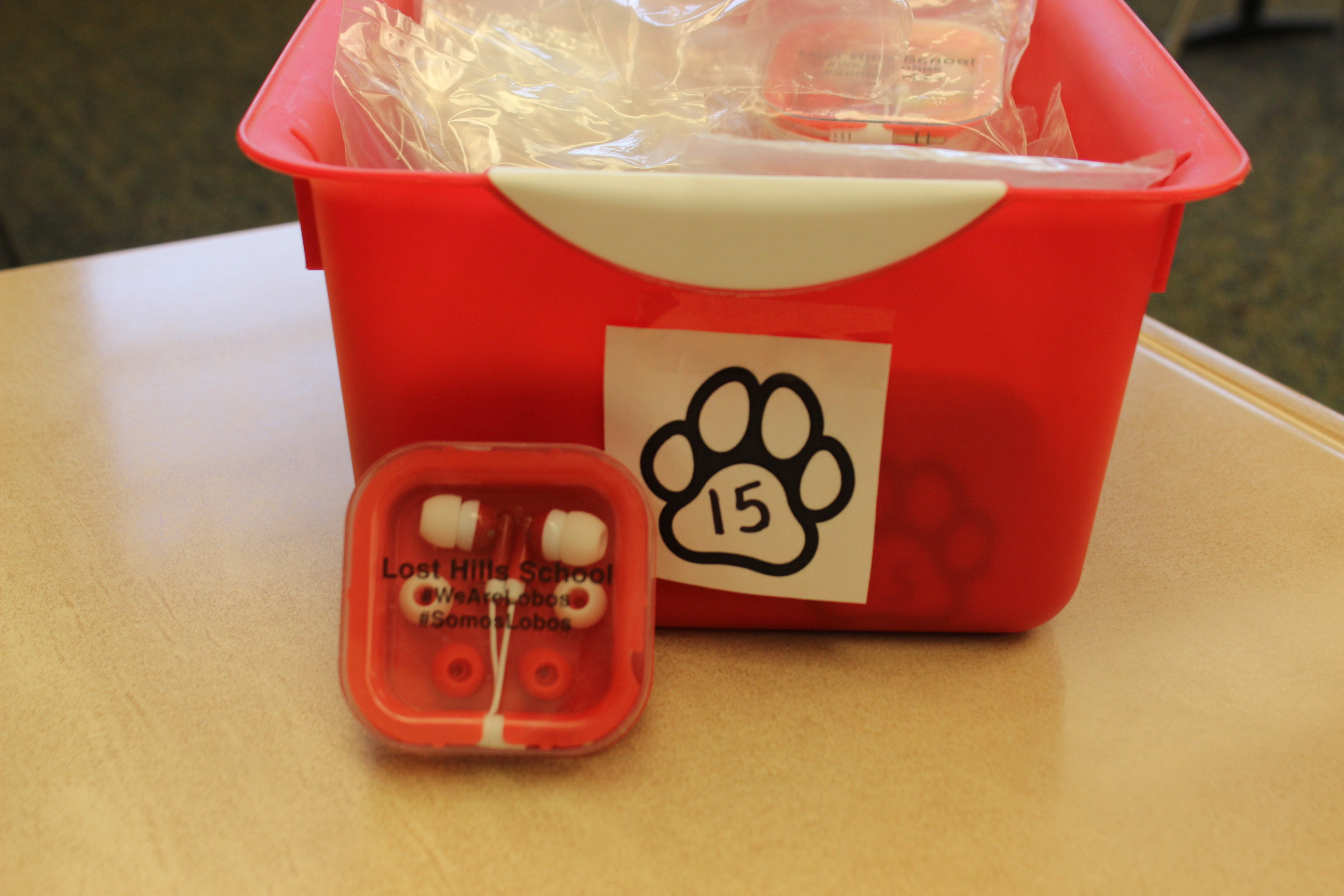 15 Paws LH Earbuds
