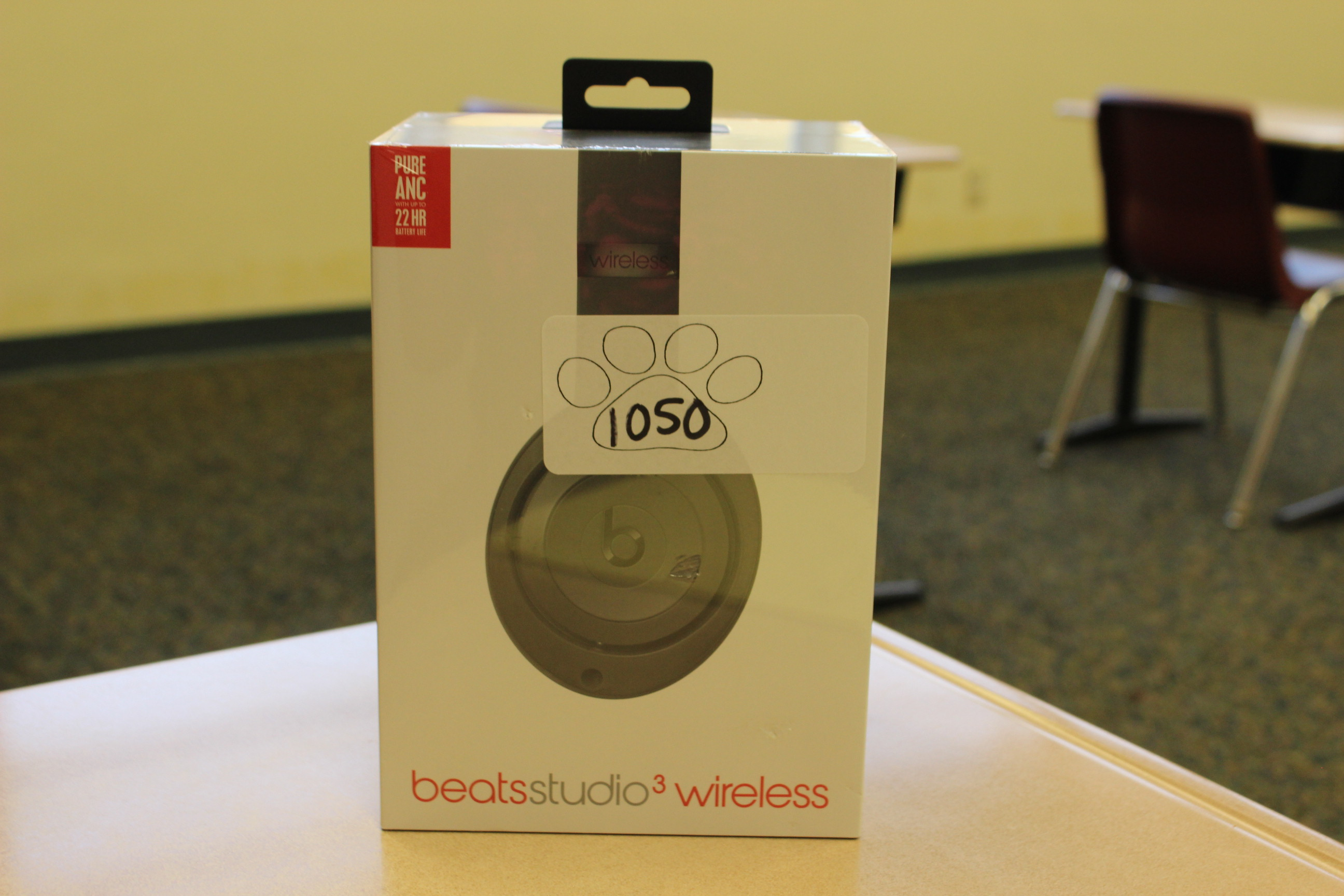 1050 Beats Wireless Headphones