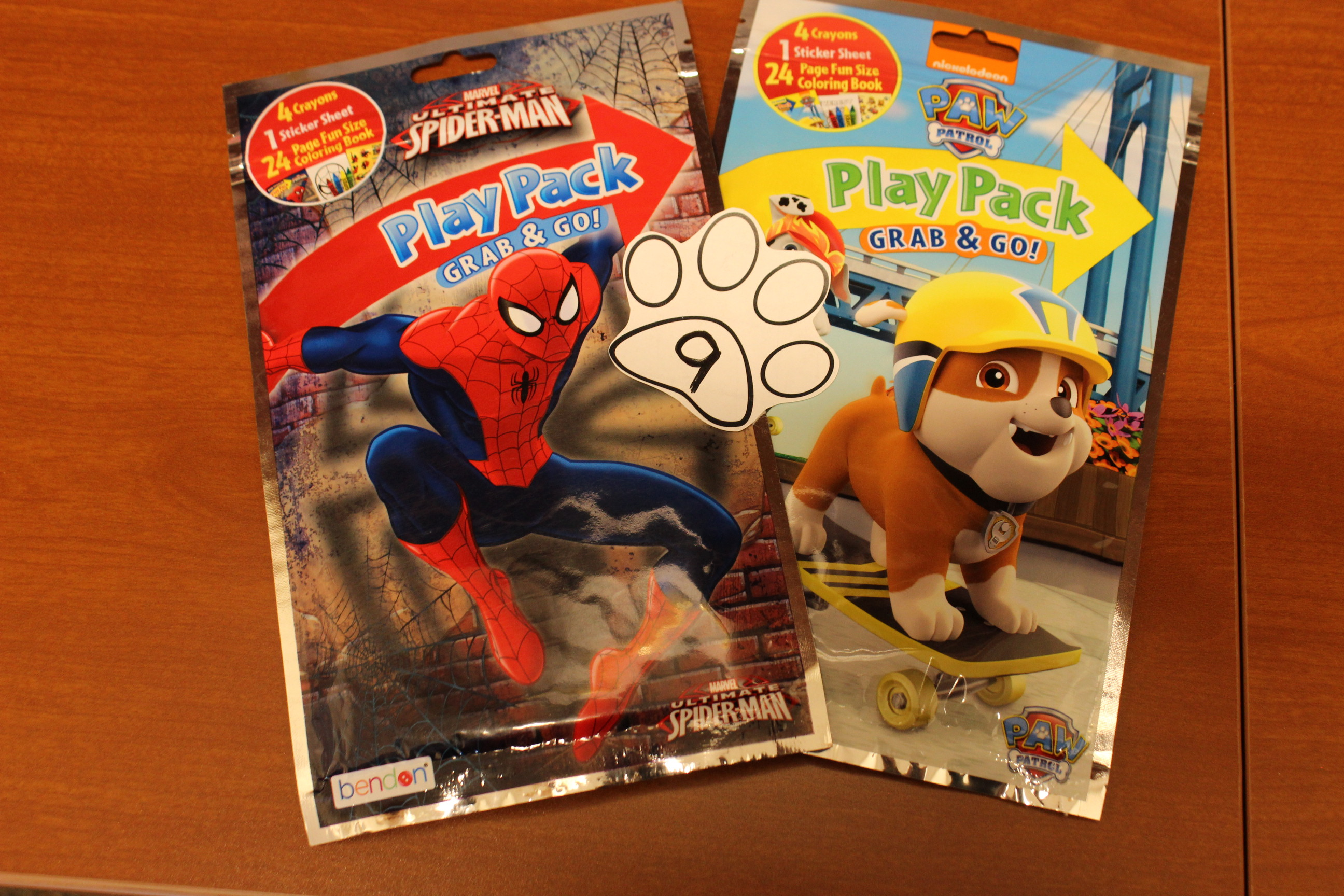 9 paws Spider-Man or Paw Patrol Play Pack