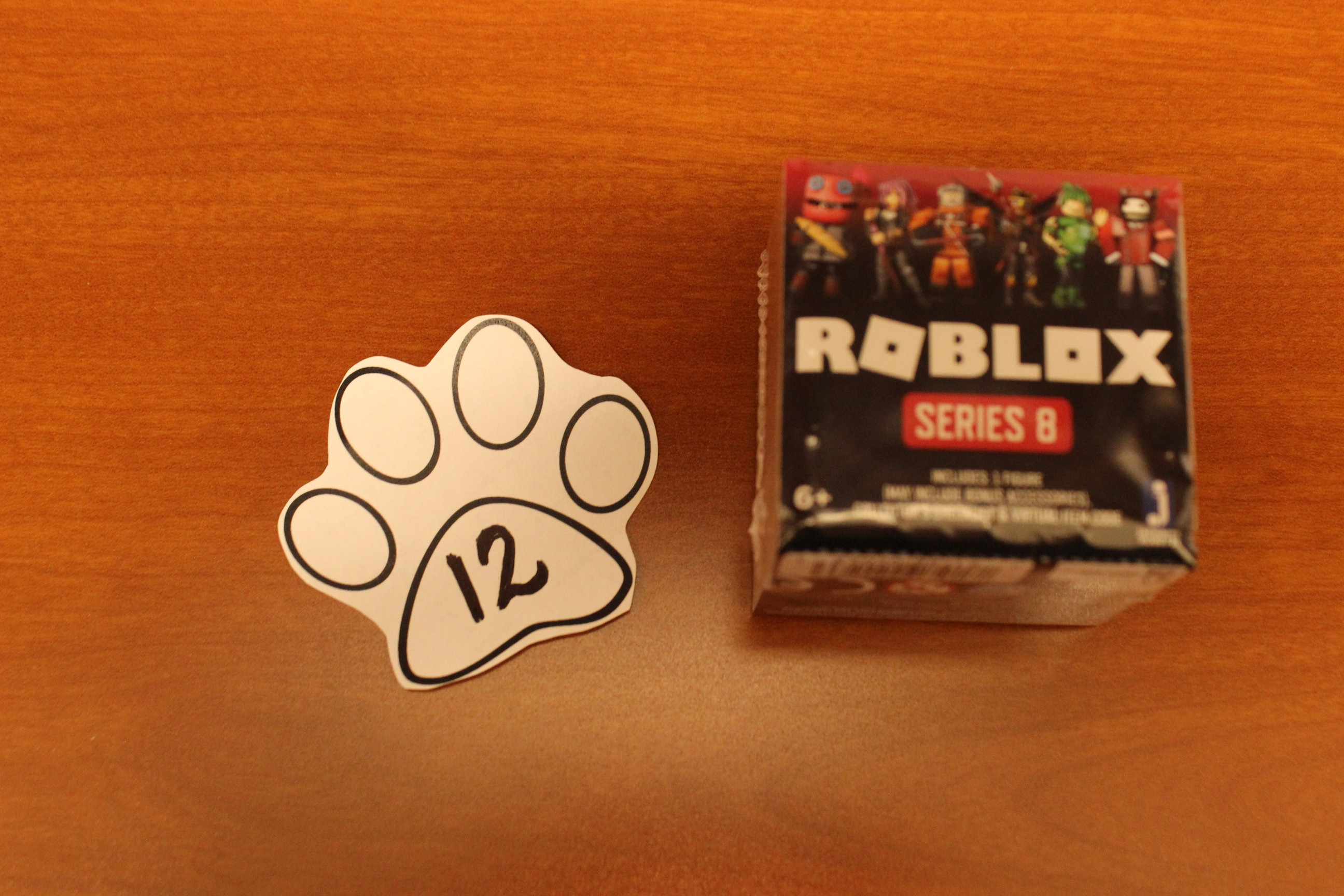 12 Paws Roblox