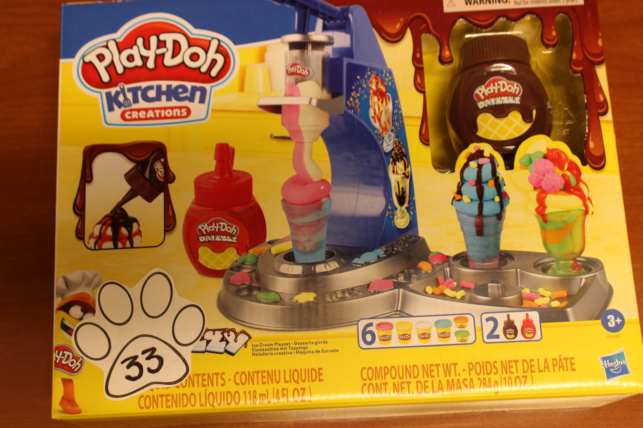 33 Paws Play-Doh Kitchen