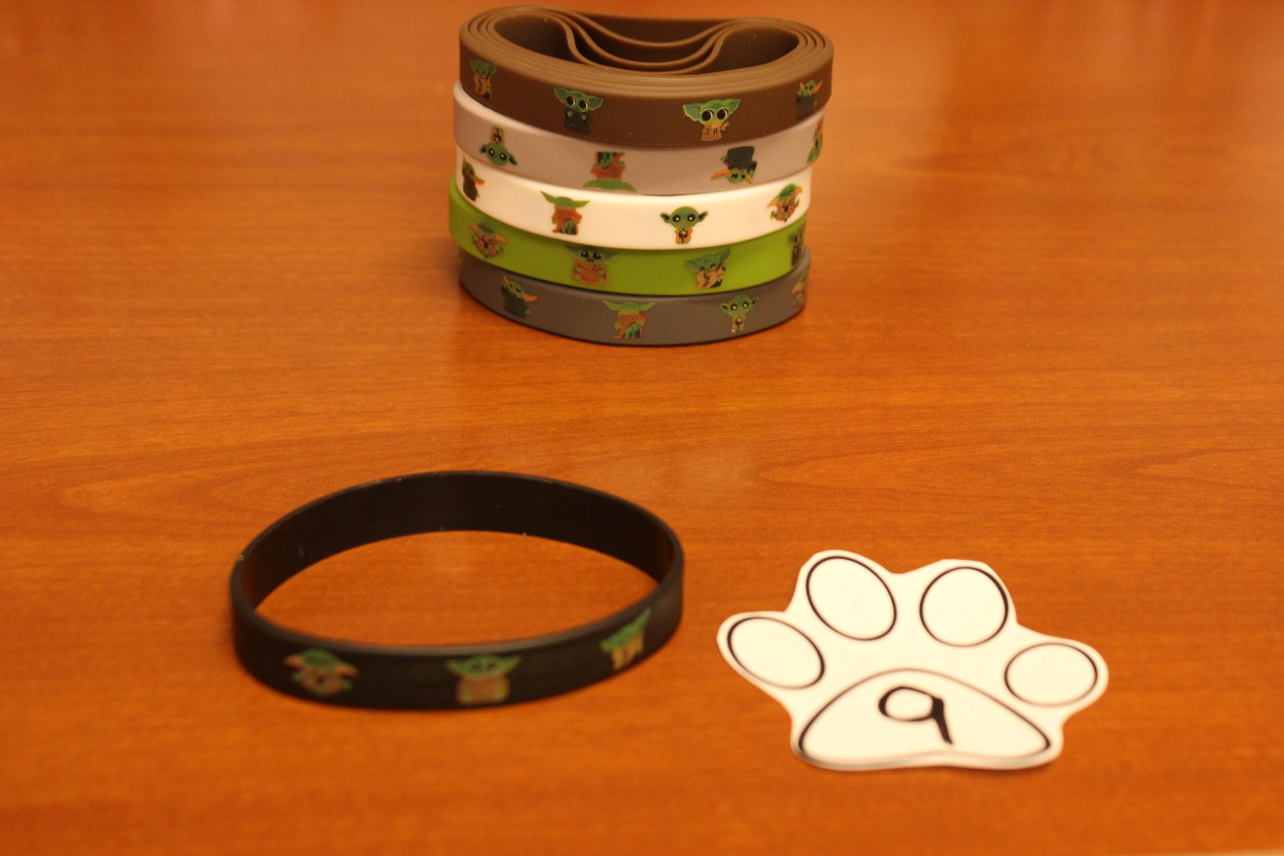 9 Paws Baby Yoda Bracelet