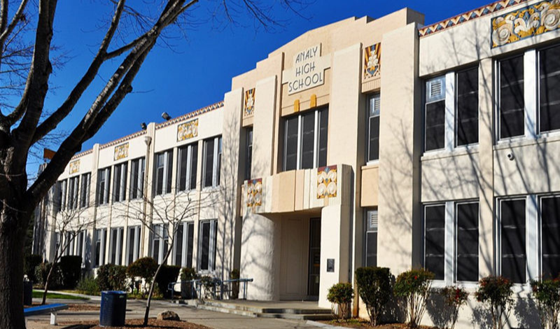 Analy High School Main Building
