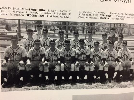 Photo of the 1968 Baseball Team.