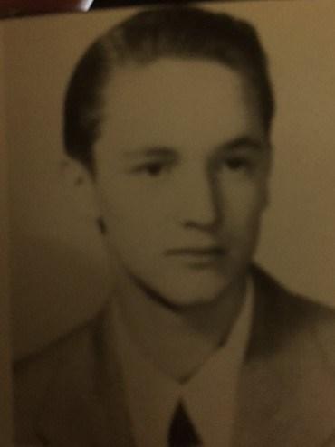 Photo of G. Randle Ackerman.