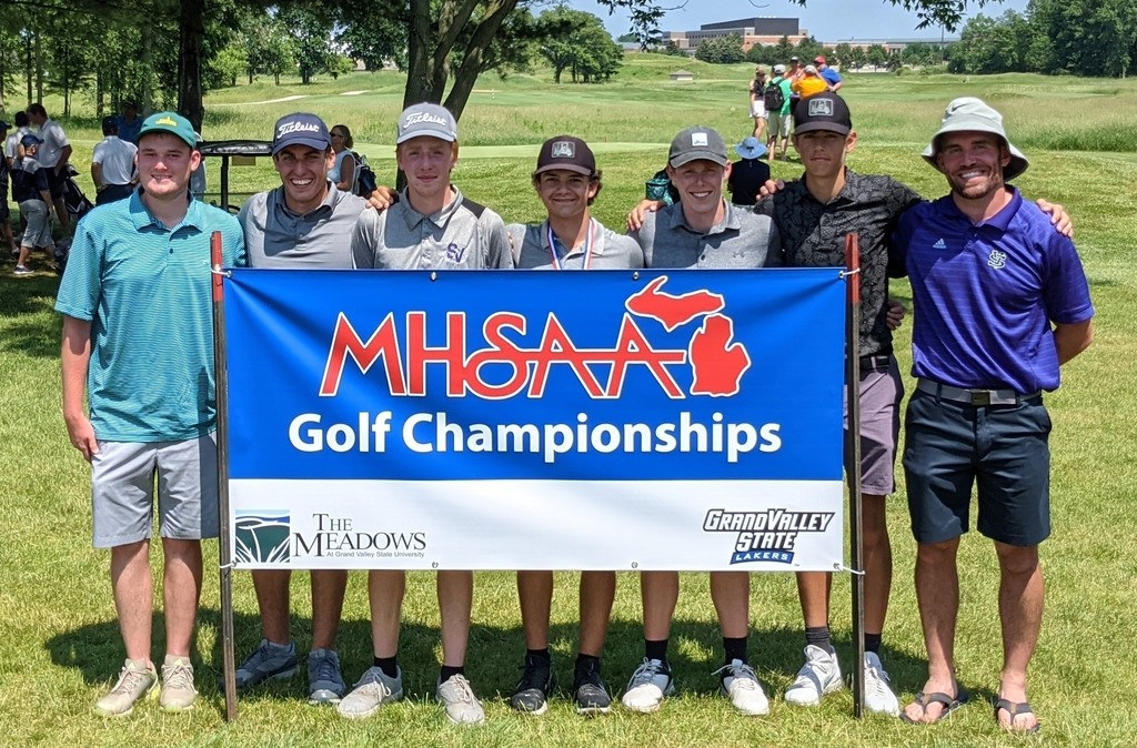 2021 Varsity Boys Golf Team - Divison 3 State Finals at The Meadows