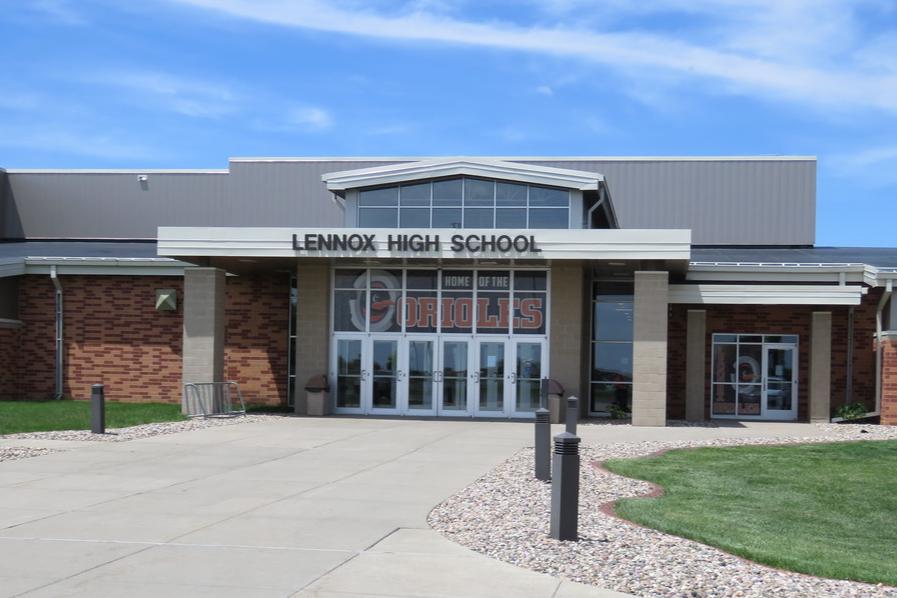 Lennox Jr/Sr High school building