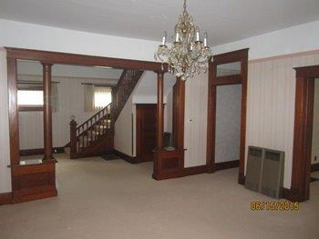 Entry area with chandelier