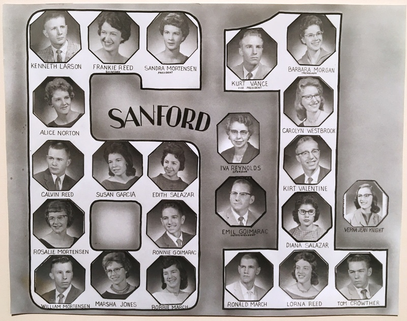a photo of the seniors from the class of 1961