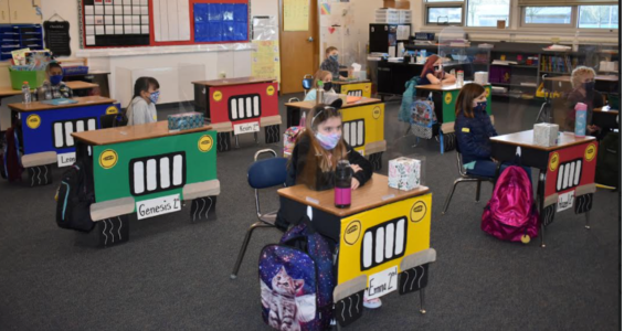 Social Distance in Classroom