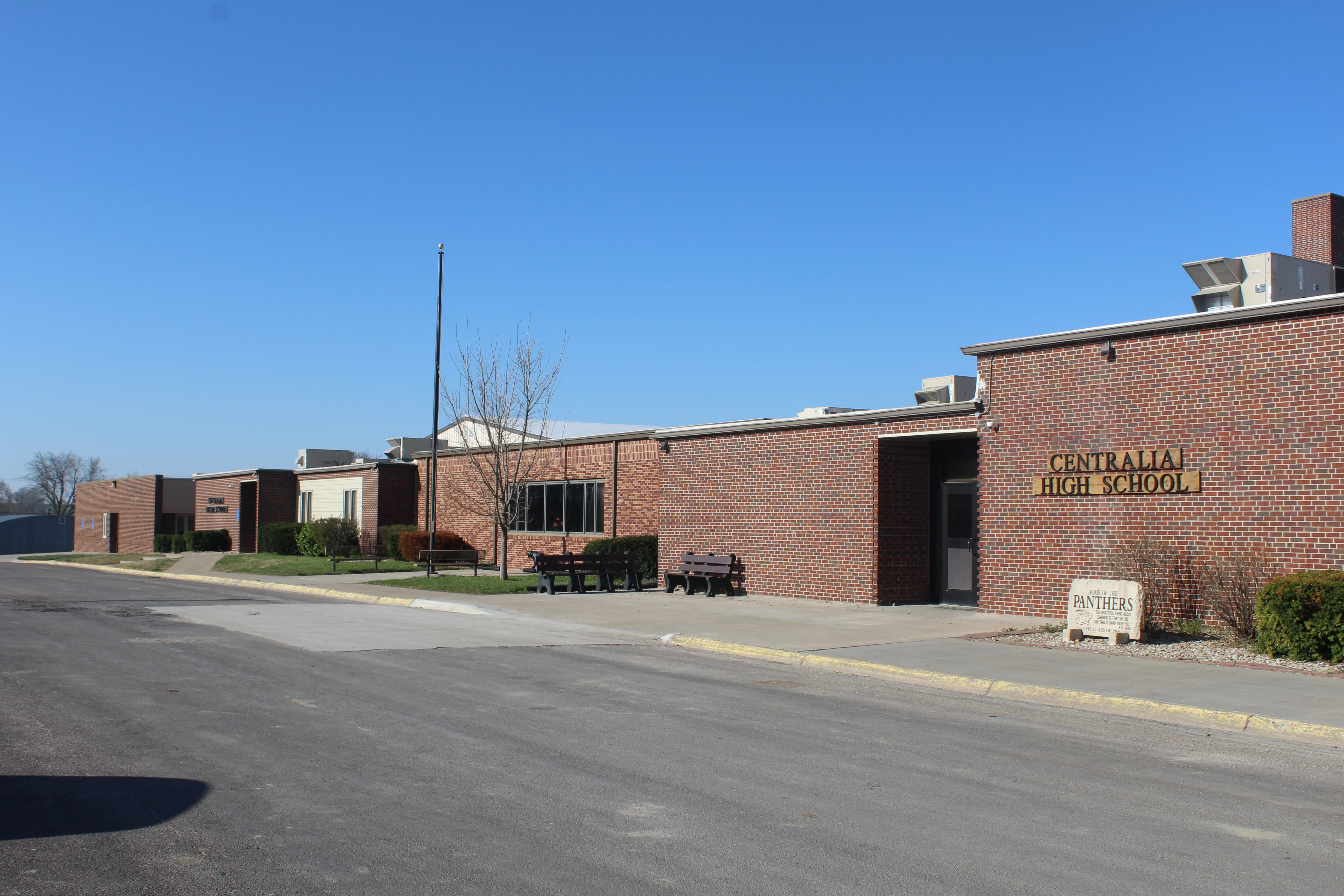 Picture of Centralia School Entrance