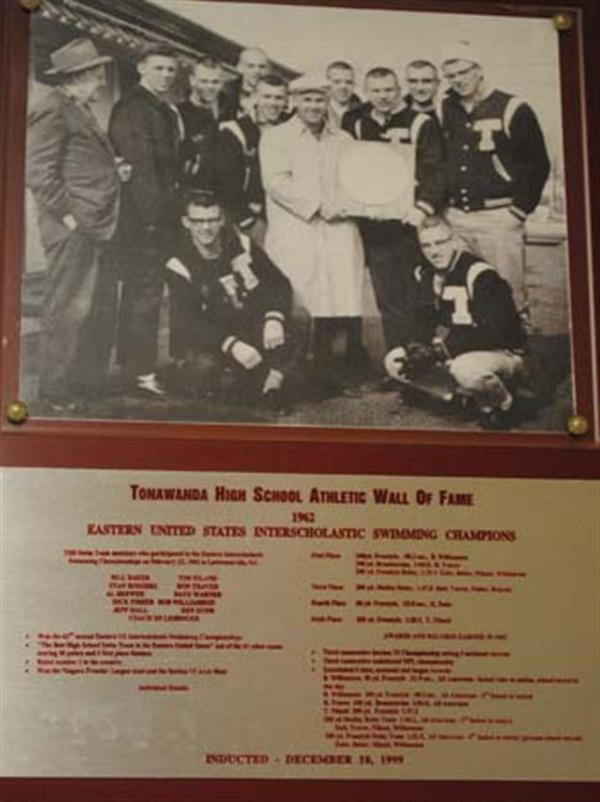 Photo of the 1962 Eastern US Interscholastic Swimming Champions.